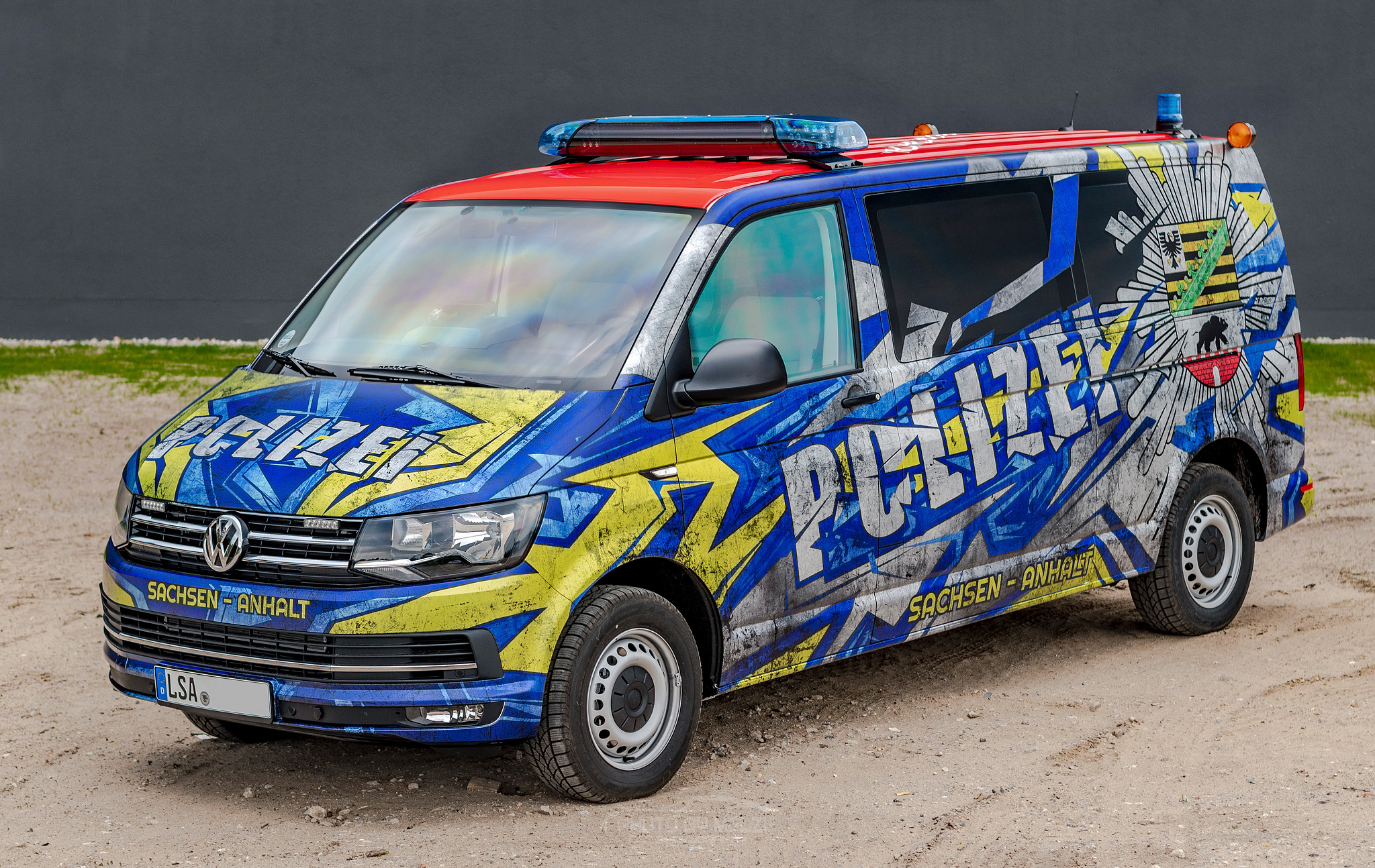 Dirty police van 🚨