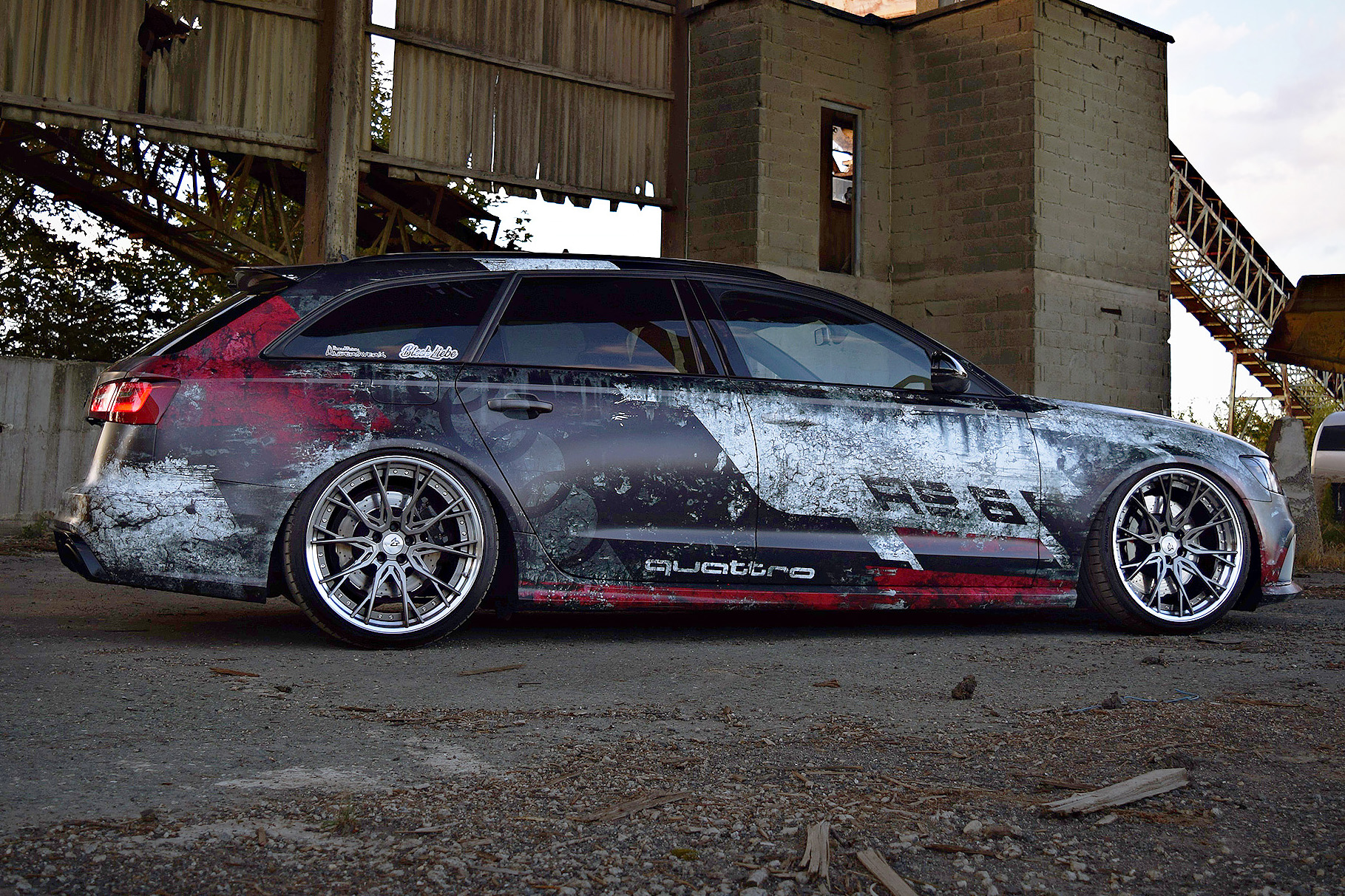 💥 Cracked RS6 quattro 💥